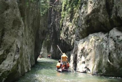 探秘竹山武陵峡