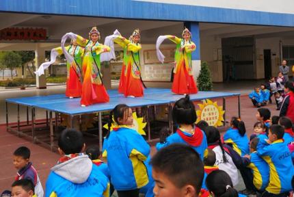 弘扬传统文化 戏曲走进校园