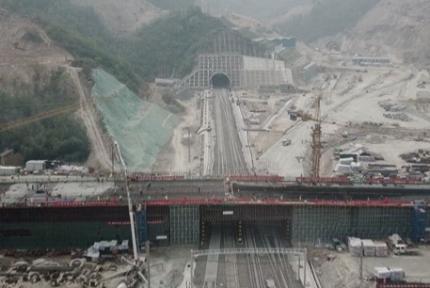 漢十高鐵完成投資86.9億元 占總投資77%