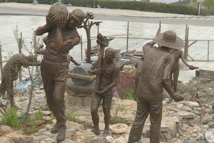 南水北調大移民雕塑群完工 5月15日正式開放