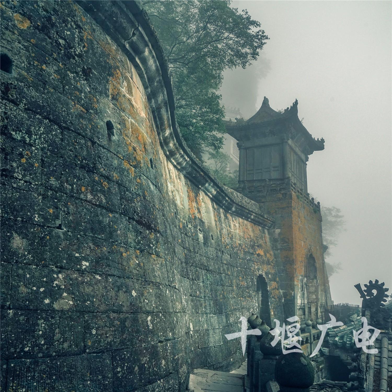 山门的岁月(摄影:刁立君)