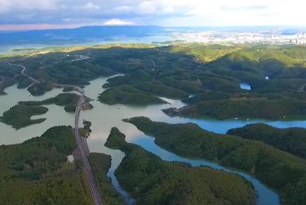 十堰擦亮山水招牌 走水源区绿色生态发展之路