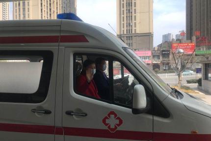 十堰女护士感动全国,神秘女子捐赠20万