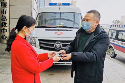十堰網紅護士江世娥寫信感謝社會愛心傳遞