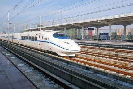 今早8点,十堰火车站恢复旅客发送