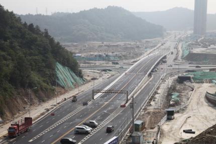 最新消息!江苏路延长线今日起试通车