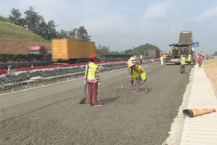 福银高速武当山互通改建工程本月中旬投入使用