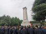十堰举行烈士纪念日纪念活动 张维国陈新武等市领导与社会各界代表向烈士敬献花篮